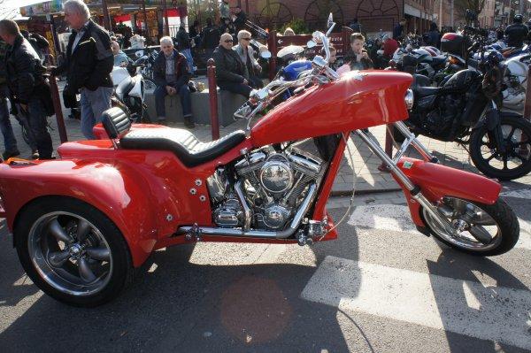 Le salon de la moto a pecquencourt le blog d 39 une fille for Salon de pecquencourt